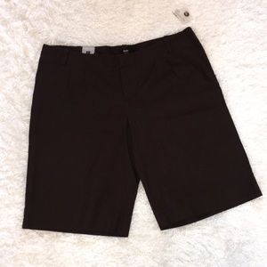 NWT Mossimo low rise Bermuda shorts 18 brown